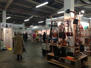 イースト・ロンドン・デザイン・ショー2013入り口入ってすぐの様子